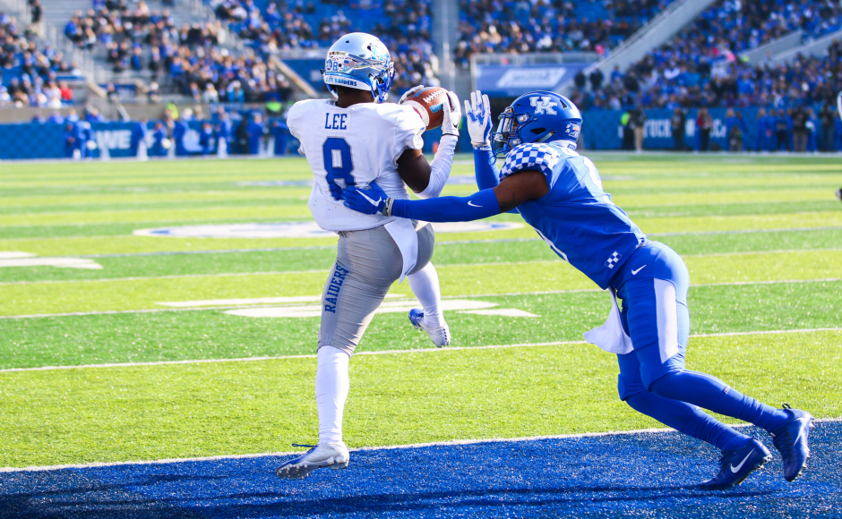 Football: Comeback attempt falls just short for Blue Raiders against Kentucky in Lexington