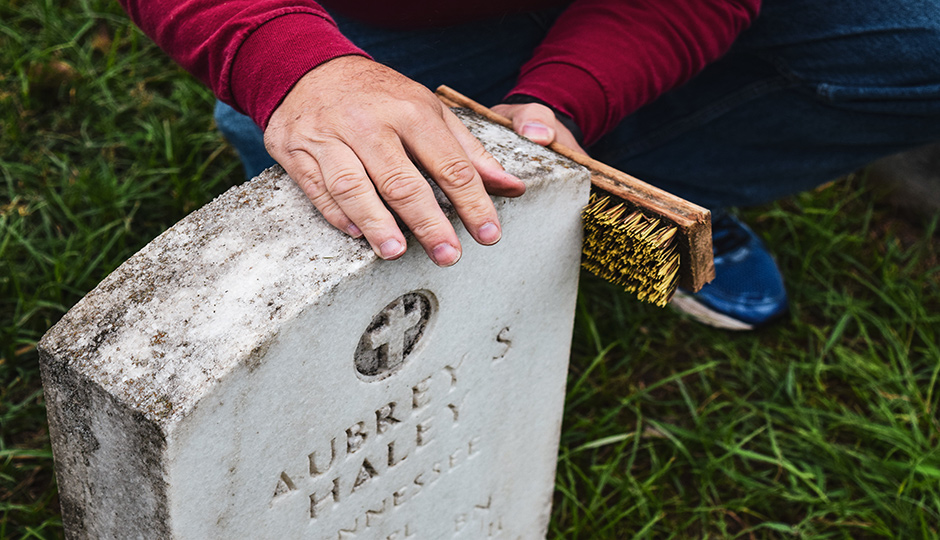 Photos: Passion inspires Murfreesboro man to clean, conserve veteran's headstones