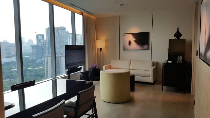 park hyatt bangkok suite lounge room pic 1