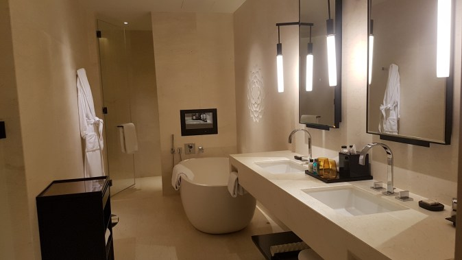 park hyatt bangkok suite new bathroom