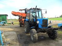 Трактор МТЗ-82 в работе