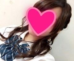 神田キャバクラ【ムーミン(mu-minn)】東京JK制服ラウンジ 在籍キャスト かの