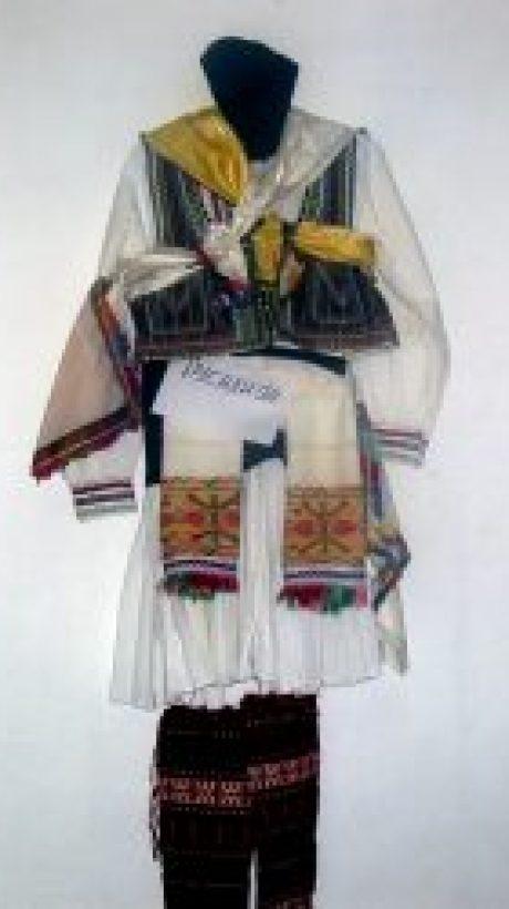 Rusaliska nosija s.Miravci_gevgelisko