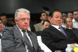 Mr Hein Verbruggen and HE General Yuthasak Sasiprapha