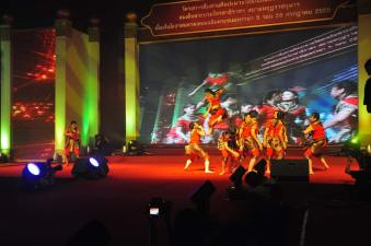 Dancing Muaythai