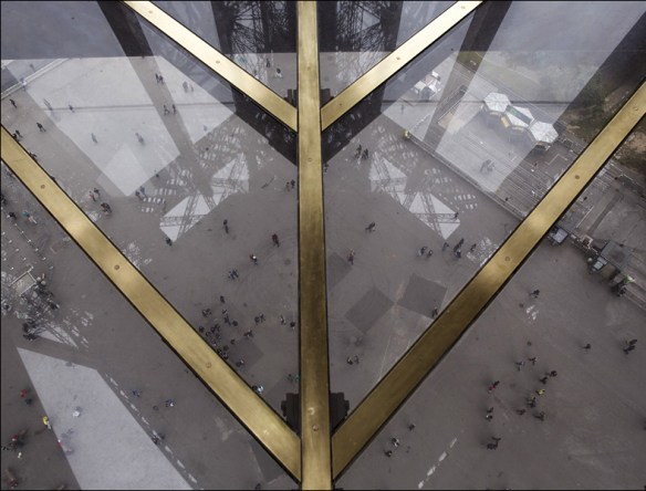 Eiffel tower's new glass floor