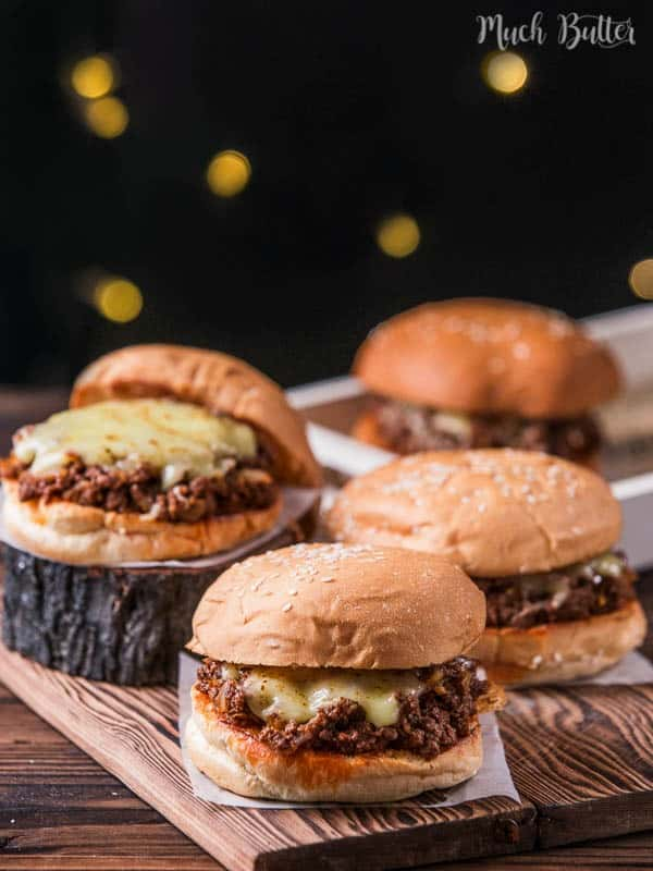 Try making this cheesy sloppy joe burger! The best thing about sloppy joe is we don't care if it's messy. Using some twist by adding Indonesian chili sauce, elevate the taste to another level.