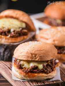 Try making this cheesy sloppy joe burger! The best thing about sloppy joe is we don't care if it's messy. Using some twist by adding Indonesia chili sauce, elevate the taste to another level.