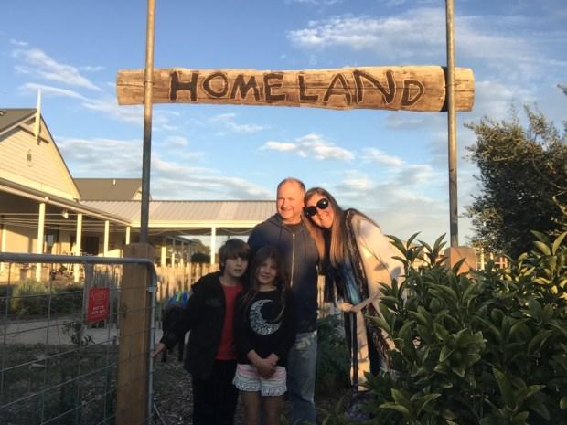 Homeland gate