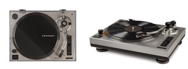 Crosley C100A-SI Turntable.