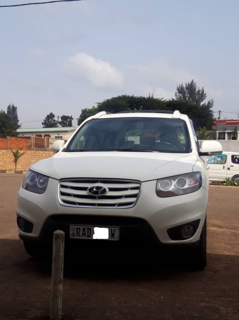 Car for Sale, Hyundai, Price: 8,000,000 Rwf