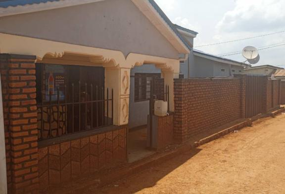 House for sale, Location: Kanombe, Price: 40,000,000 Rwf