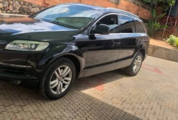 Car for Sale : Audi Q7 ; 2006 . Price : 15,000,000Frw