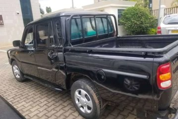 Car for Sale, Mahindra, Manuel; Year: 2006, On Best Price: 7,000,000frw