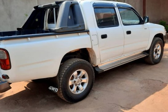 Car for sale, Toyota, manual, year: 2003, on Best Price: 11,000,000frw negotiable