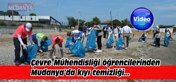Bursa'da Çevre Mühendisliği öğrencileri Mudanya'da kıyı temizliği yaptı