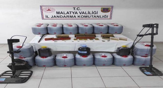 Malatya'da kaçak içki imalathanesine baskın