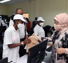 Emine Erdoğan, Angola'da TİKA'nın etkinliğine katıldı