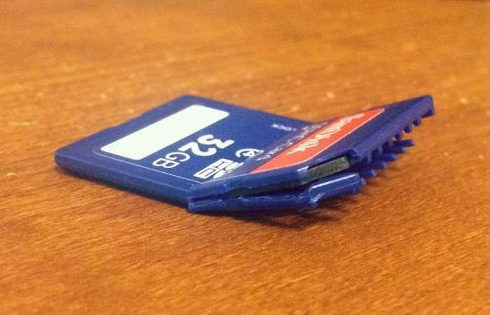 SD Card via muddybootsanddiamonds.com