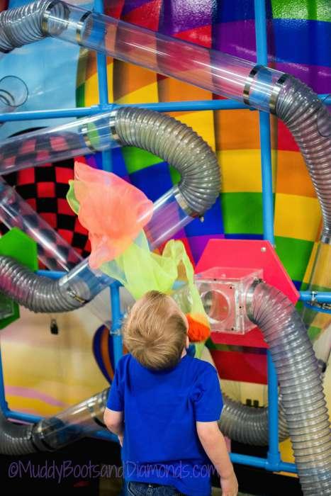 ChildrensMuseum3©MuddyBootsandDiamonds.com