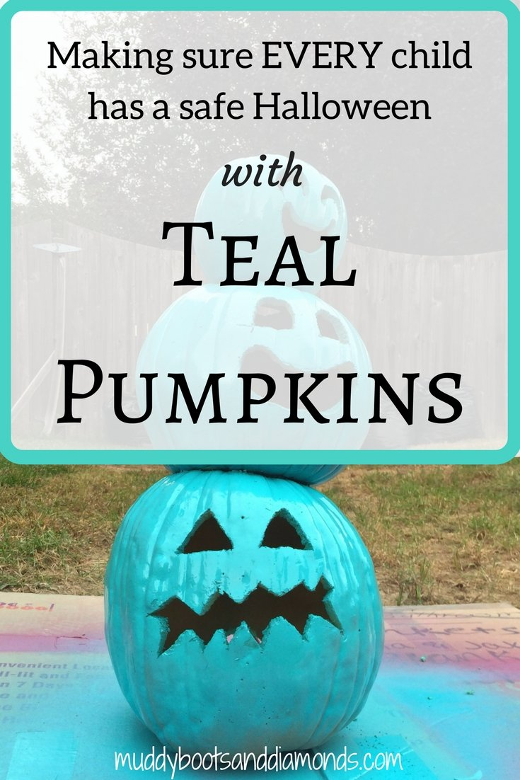 Making sure every child has a safe, happy Halloween with the Teal Pumpkin Project via muddybootsanddiamonds.com