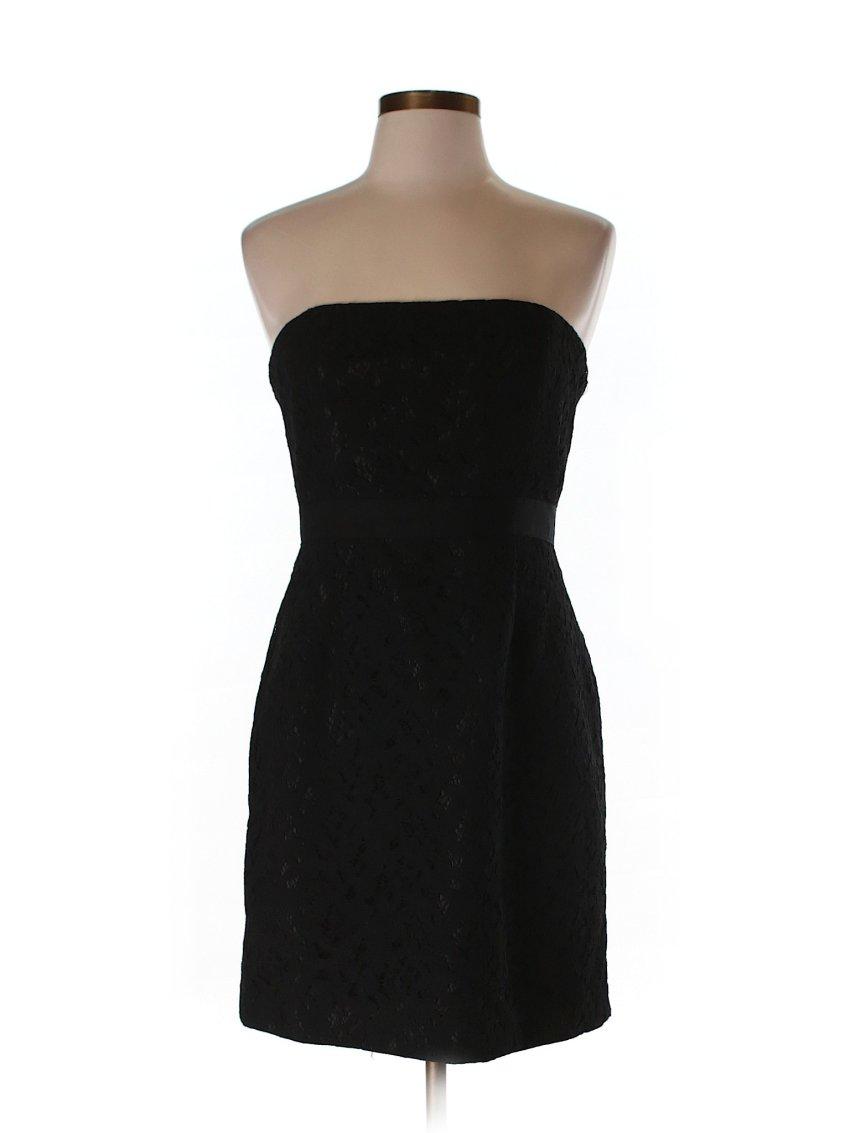 Holiday Dress Shopping with ThredUP via muddybootsanddiamonds.com
