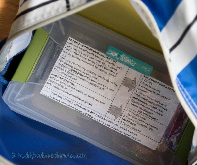 Preschool Food Allergy Kit in backpack via muddybootsanddiamonds.com