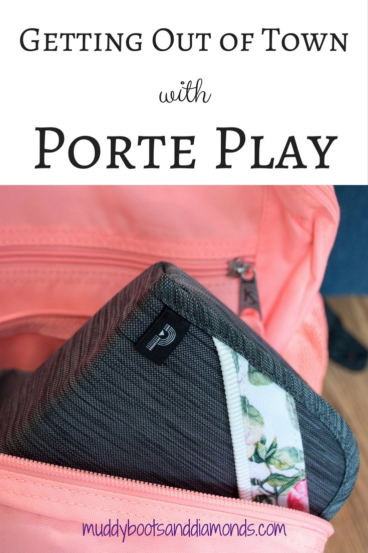 Getting Out of Town with Porte Play (Review) via muddybootsanddiamonds.com #PortePlay #Electronics #Organization