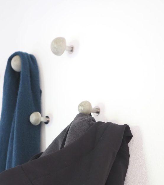 MUDESO - Garderobenhaken aus Beton