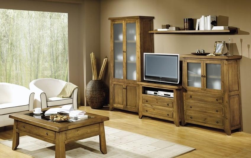 Muebles rústicos para salón y mesita baja