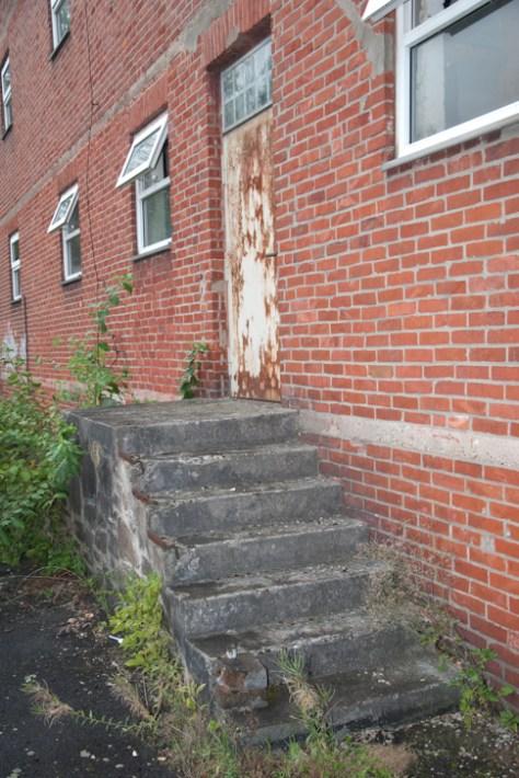 Treppe zur Laderampe