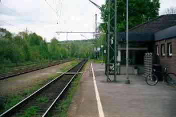 Bahnsteig / Gleis 1 in Schieder