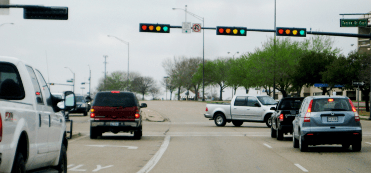 New Traffic Lights Designed to End Safe Driver Problem