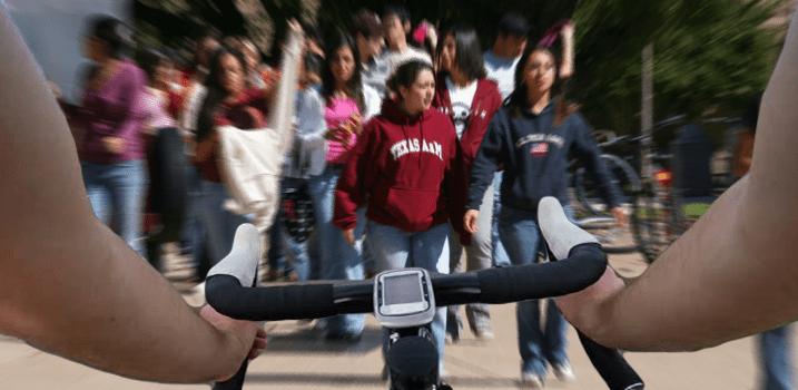 Reckless Moron Thinks It's Okay to Bike on Sidewalks