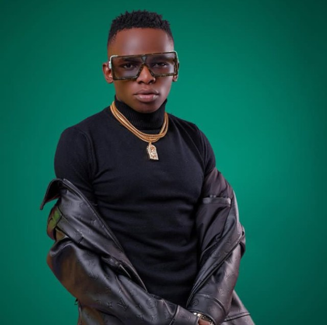 AUDIO: John Blaq shines on new melodic 'Mu Lubiri' tune. Listen Here: 3 MUGIBSON WRITES