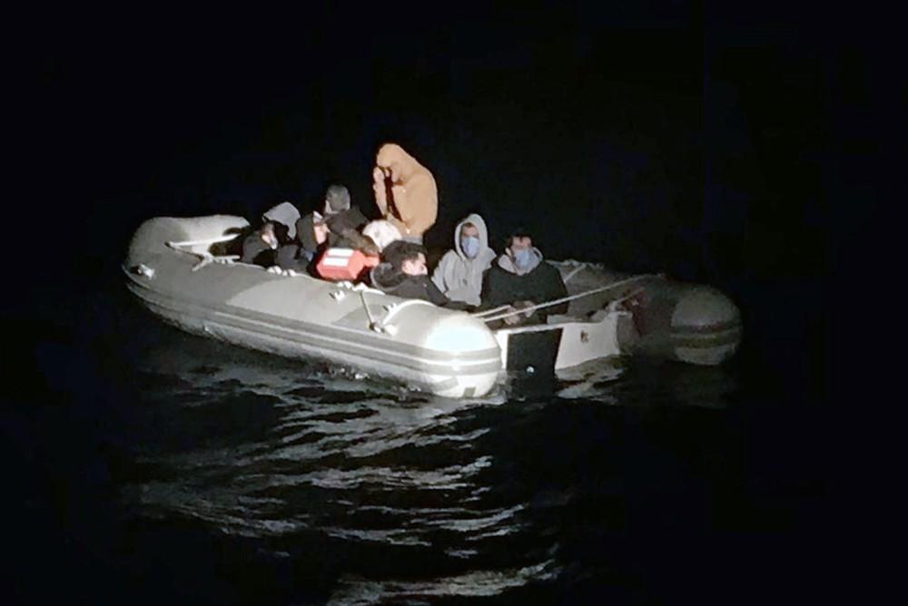 22 düzensiz göçmen kurtarıldı