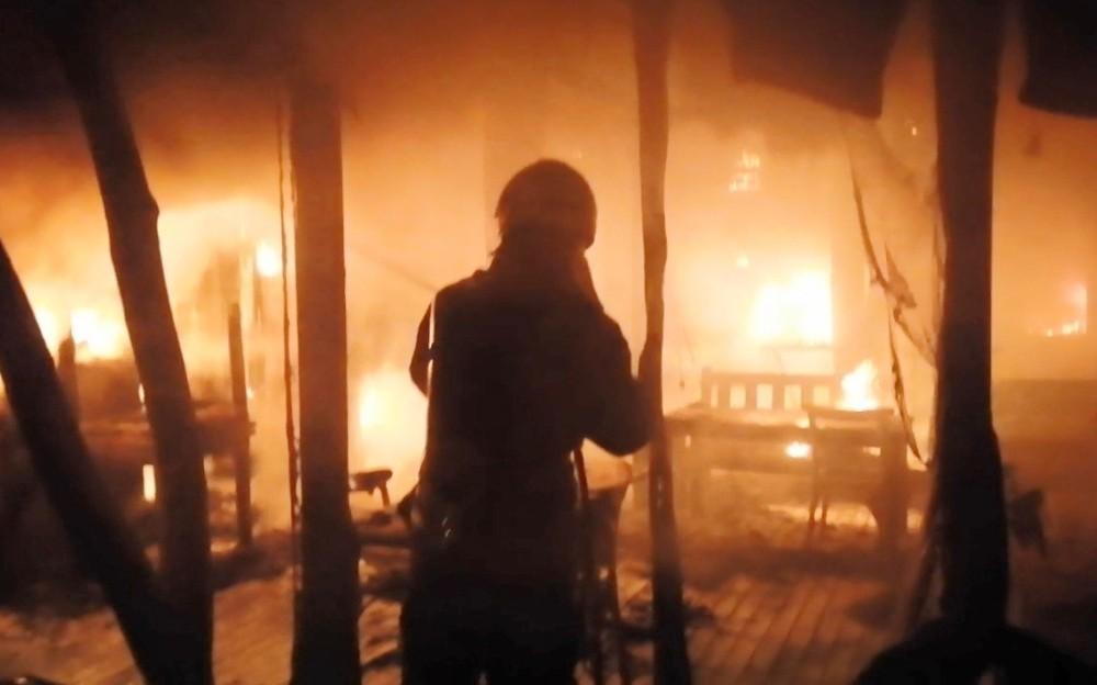 İş yerindeki yangın söndürüldü