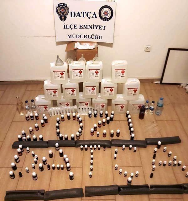 Datça'da polisler kaçak içkiye geçit vermiyor