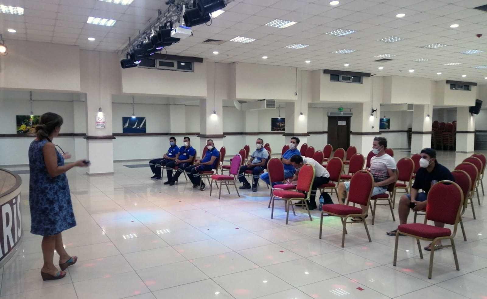 Büyükşehir çalışanlarına Covid-19 aşı teşviki eğitimi