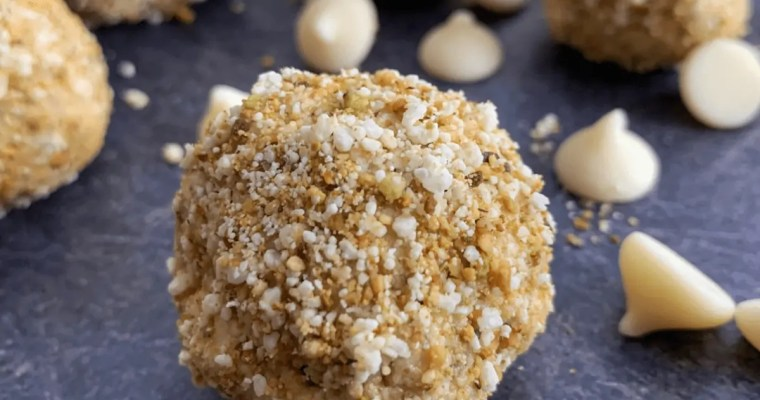White Chocolate Pistachio No Bake Protein Bites