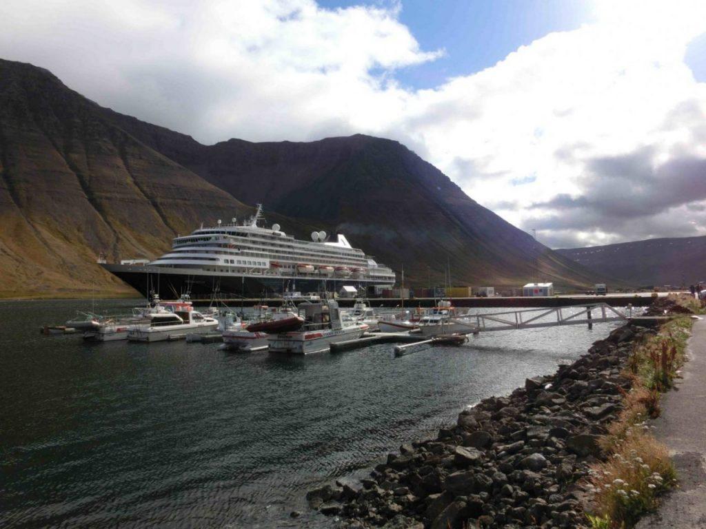 Ísafjörður, IJsland