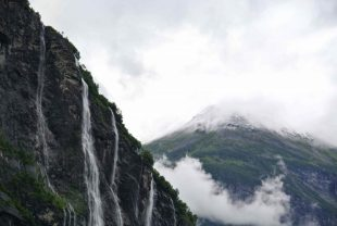 Seven Sisters Waterval