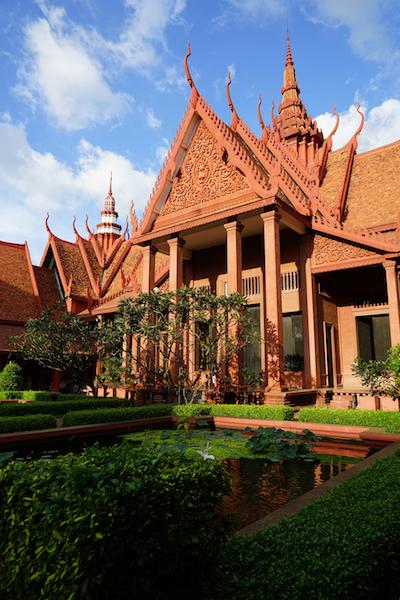 Phnom Penh, op de koffie bij de koning