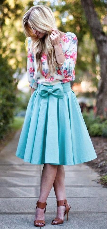 La falda lady no puede faltar en tu armario  Mujer Chic