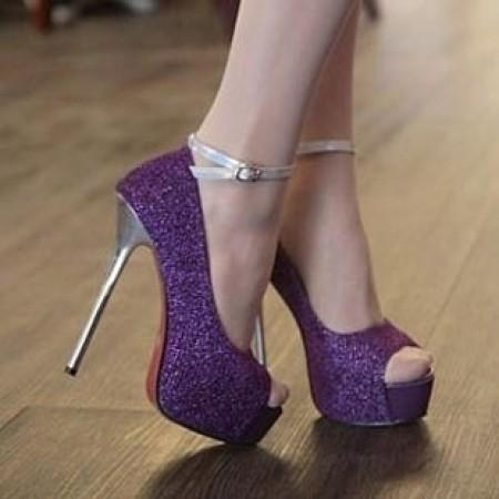 zapatos morados como combinarlos  Mujer Chic