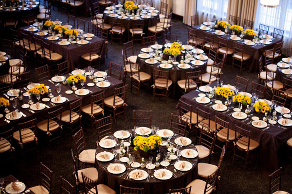 Tipos de mesas para boda mujer de 10 for Mesas de bodas