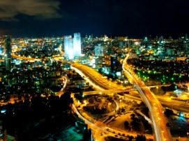 Tel_Aviv_Skyline_(night)_-_2