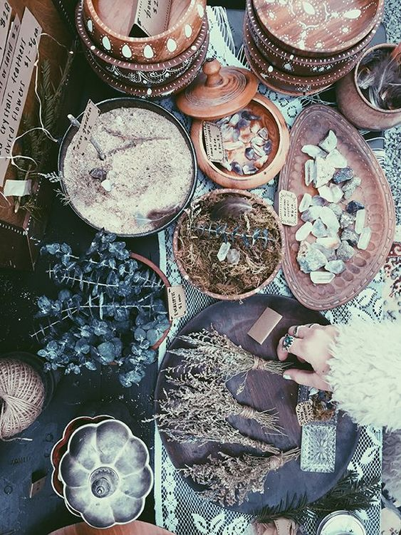 roods herbs and crsital magic