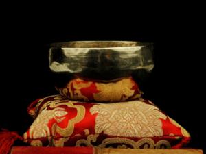 Cuenco tibetano Shanti color oro