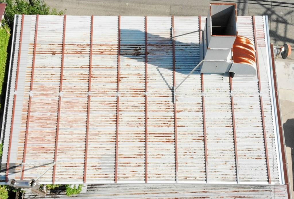 鉄板波板 鉄板大波 カバー工法 キーストンプレート ドローン